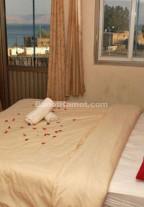 חדרים מפנקים לזוגות בטבריה